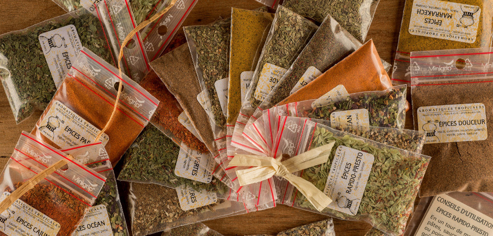 Taster packs of spices