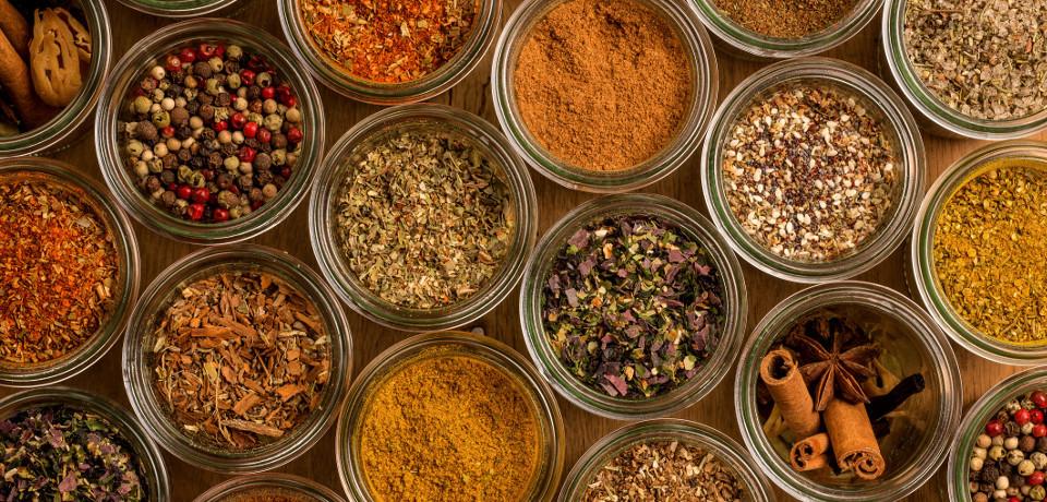 Créations Maison originales d'épices et d'aromates